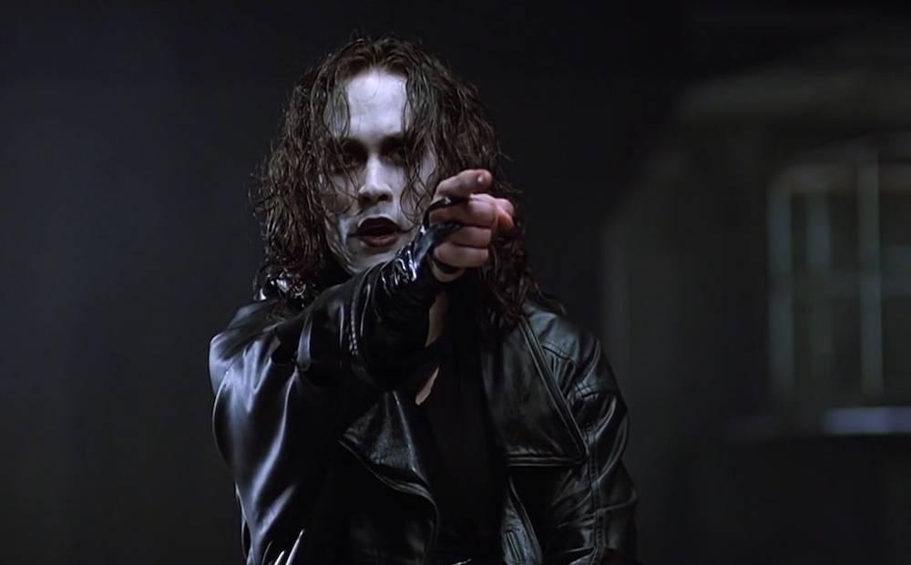 il film il corvo usci' 26 anni fa, costando la vita all'attore brendon lee